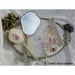 PREDANE Sada na česanie - kefa + zrkadlo + kefa Strieborné ruže