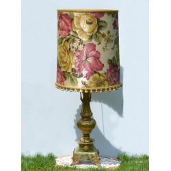 predane Mosadzná stolová lampa s ónyxom + látkové tienidlo, bez žiarovky, výška 48 cm, malé obitie na kamennej nohe (0,8x0,8 cm)
