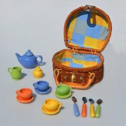 Prútený piknikový košík pre bábiky s keramickým riadom , košík 15x13x9 cm