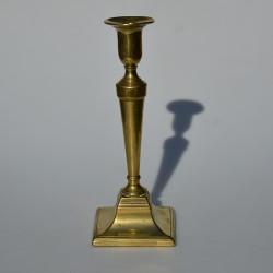 Mosadzný svietnik hranatý 13,5x6,5 cm