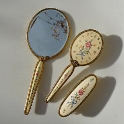 X predane Sada na česanie - kefa + zrkadlo + kefa Ruže a konvalinky, zrkadlo 30 x 13 cm