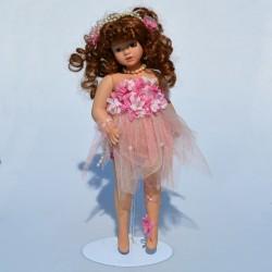 predane X Porcelánová bábika Maorka + stojan 31 cm