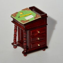 predane  1:12 Drevený rohový stolík do domčeka pre bábiky