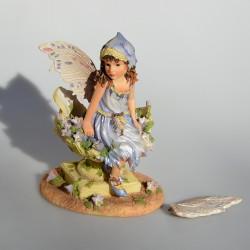 Zberateľská resinová soška Daydreaming Magic, Leonardo 12x8,5x6,5 cm, odlomený kvietok