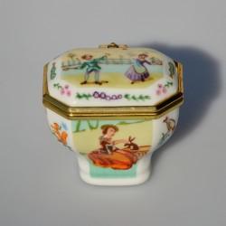 Zberateľská porcelánová šperkovnička E.P.52, Del Prado 5x4,5 cm