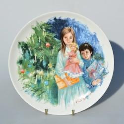 Porcelánový tanier  Christmas 1977, Royal Doulton 21,3 cm