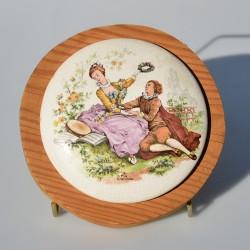 predané Keramický 3D obrázok The Little Fruit Seller, Staffordshire 13x13 cm