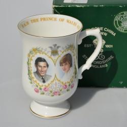 Porcelánový hrnček The Marriage of Charles and Diana, Elisabethan 280 ml