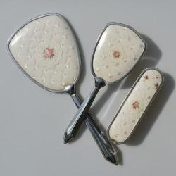 cena ?  Sada na česanie - kefa + zrkadlo + kefa Ruže a čipky, zrkadlo 33x13 cm, prasklina
